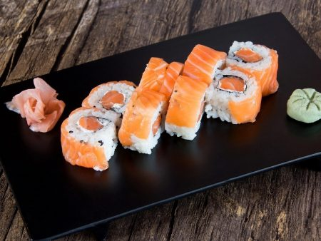 078 MAKI CALIFORNIA SAUMON CHESSE ROYAL